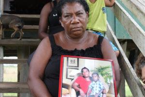 Clara Wood sobreviviente y madre del niño muerto Hasked Brook Wood muerto en ataque