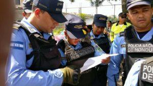 Parte de los oficiales y agentes que participaron en el desalojo de la UNAH y en la detención de los estudiantes y defensores de ddhh